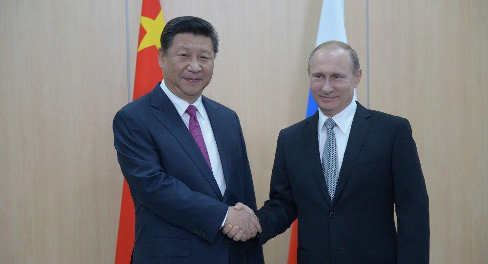 لقاء بين الرئيسين الروسي والصيني في أوفا