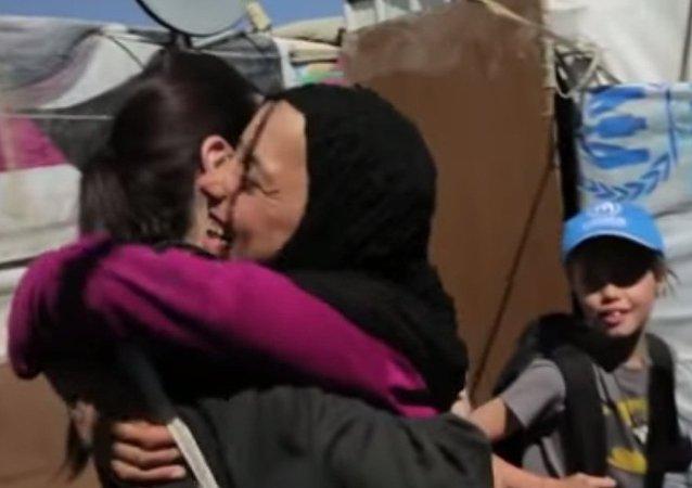 انجلينا جولى وابنتها فى لبنان