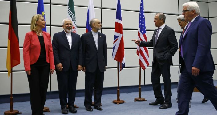 المشاركون في المباحثات المتعلقة بالبرنامج النووي الإيراني
