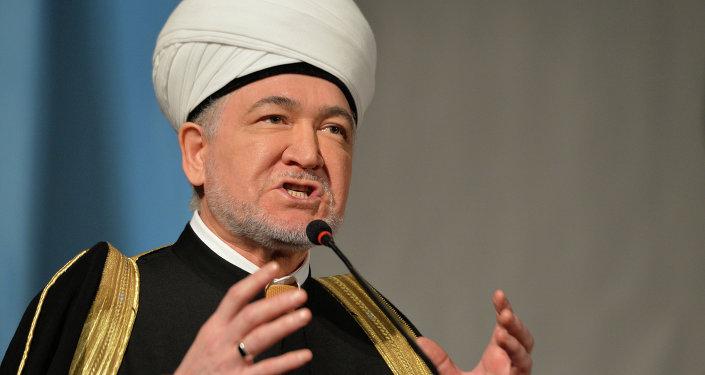 رئيس مجلس الإفتاء الروسي رافيل عين الدين