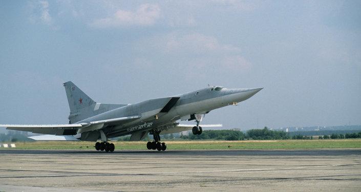 قاذفة القنابل والصواريخ تو-22 إم3