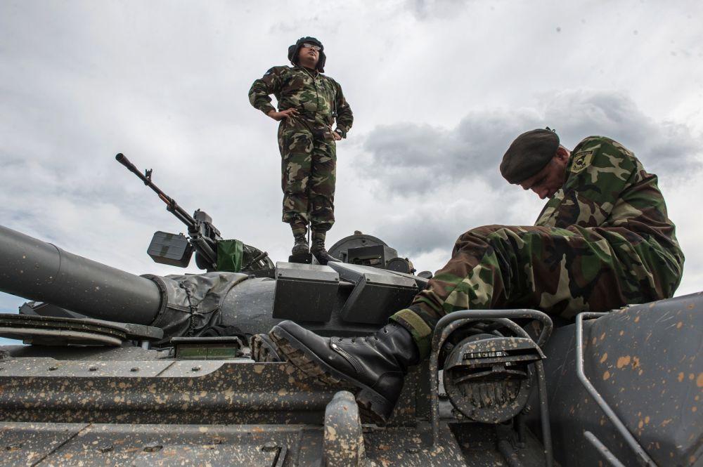 جنود من القوات المسلحة النيكاراغوية