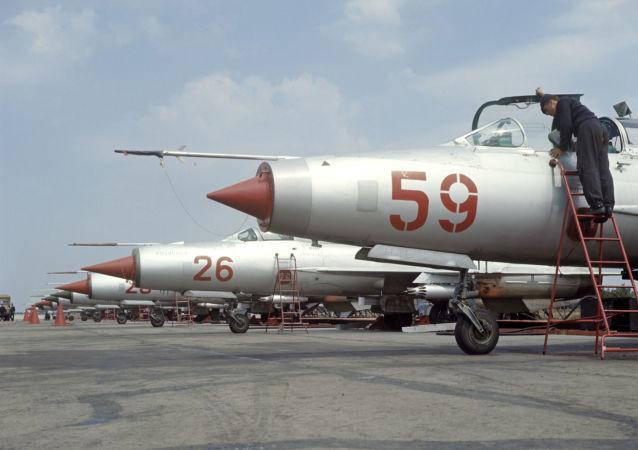 مقاتلات ميغ- 21