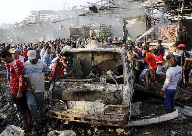 مقتل 60 وإصابة 200 في هجوم بشاحنة ملغومة في بغداد