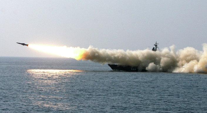 صاروخ موسكيت الأسرع من الصوت ينطلق من سفينة إر 32