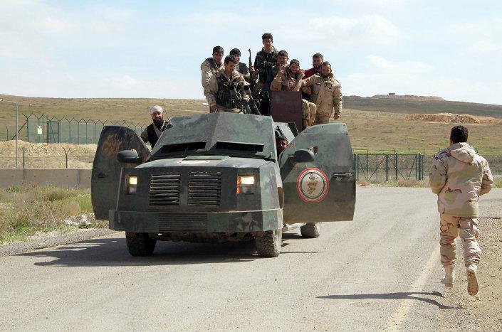 للمزيد حول الموضع: بالفيديو: المليشيات الكردية تستعيد مدينة تل الأبيض السورية من أيدي داعش: