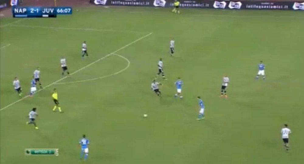 صورة من مباراة نابولي ويوفنتوس