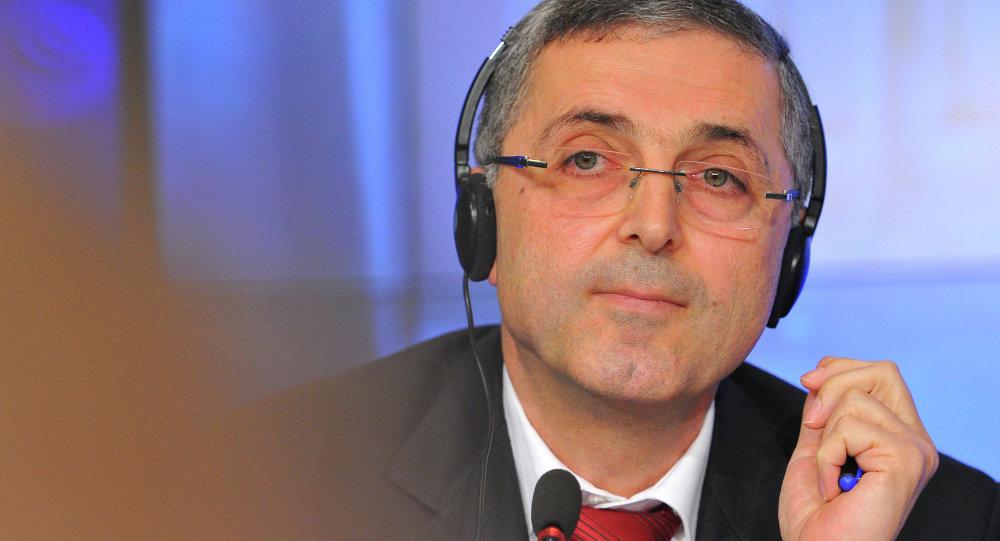 وزير المصالحة الوطنية السوري علي حيدر