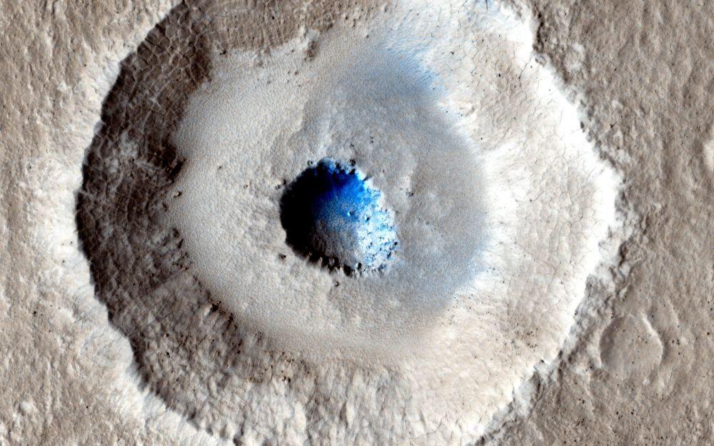 طبقة من الجليد على سطح المريخ