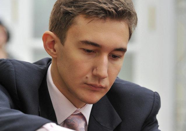 لاعب الشطرنج الروسي سيرغي كارياكين