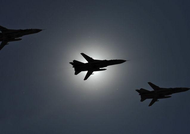 طائرات سو -24