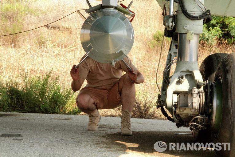 تزويد المقاتلات الروسية بالذخائر و الصواريخ