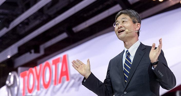 رئيس شركة تيوتا موتور تاكيشي إيوغايا