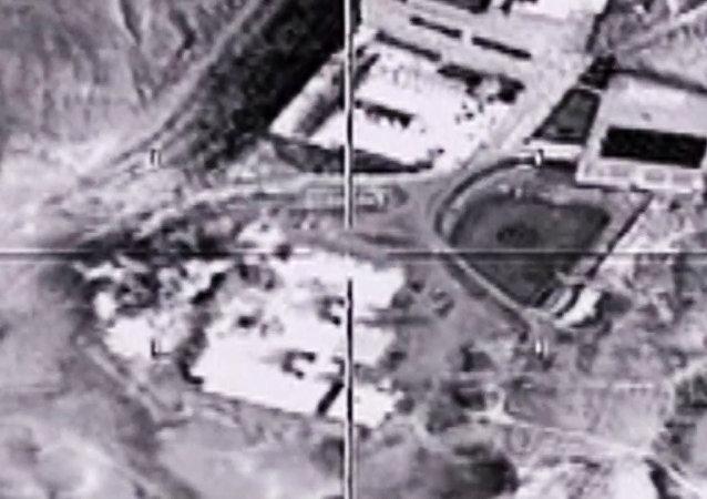 توجيه الضربات الجوية لمواقع داعش في سوريا