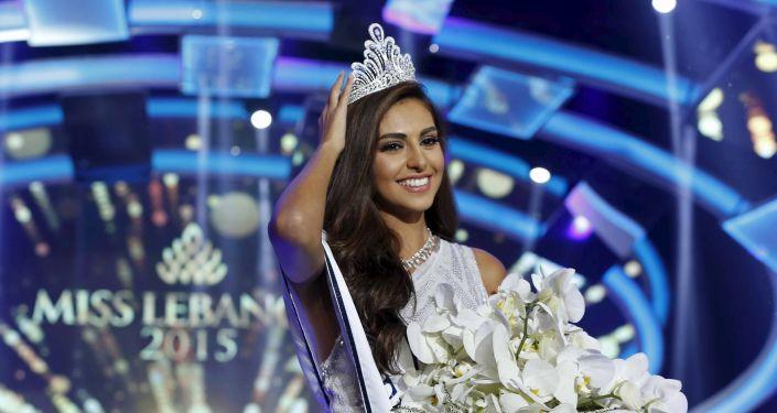 ملكة جمال لبنان فاليري أبو شقرا