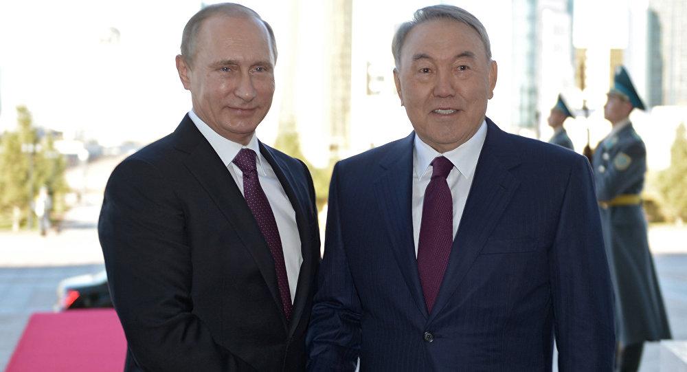 بوتين مع نزاربايف