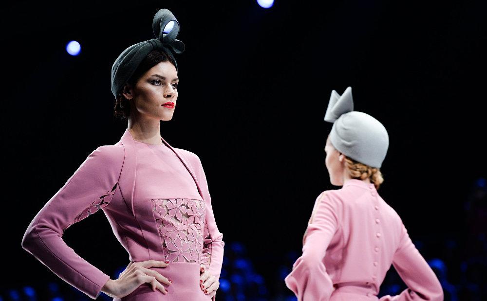 أسبوع الموضة في موسكو: صنع في روسيا