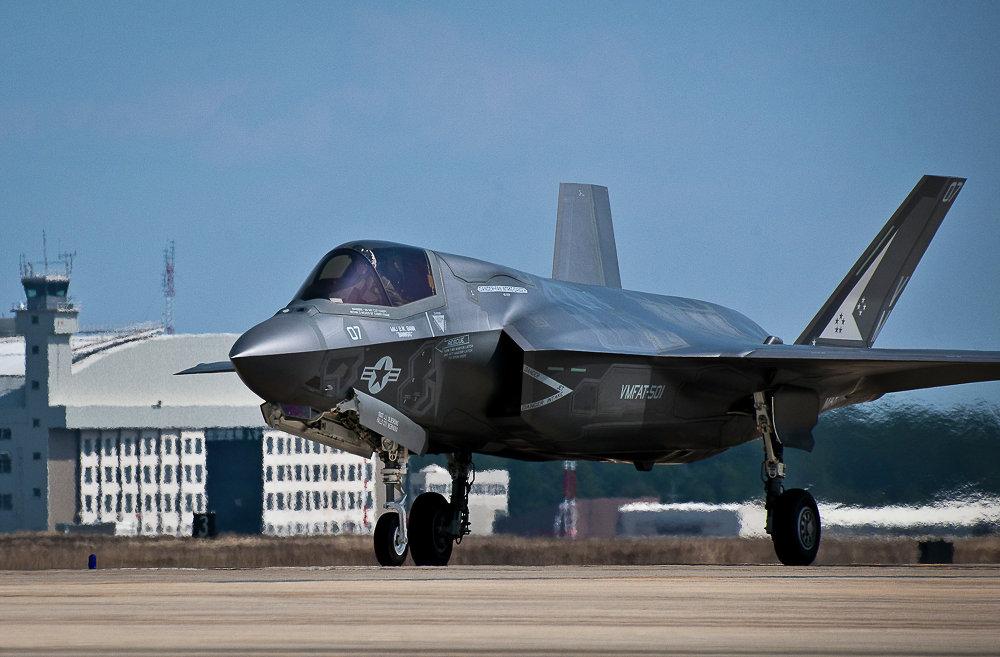 """البنتاغون يفاوض لتخفيض سعر طائرة """"إف-35"""" لأقل من 100 مليون دولار"""