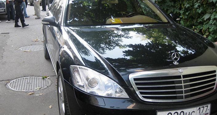 سيارة ماركة مرسيدس