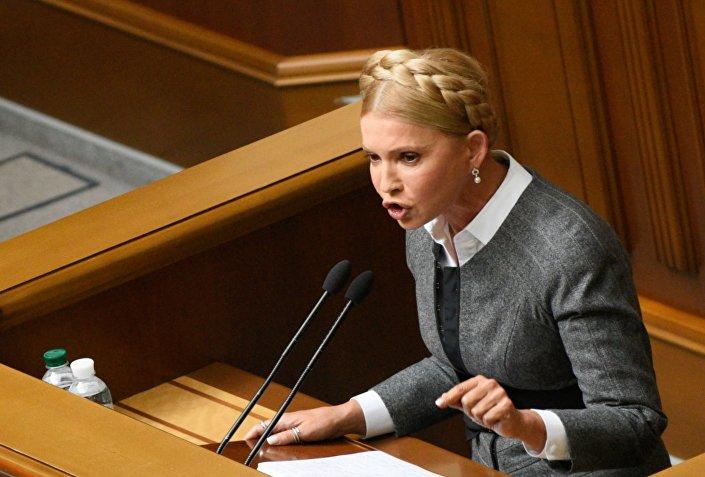 للمزيد حول الموضوع، إقرأ: تيموشينكو تنتظر فرصة للاستيلاء على السلطة في أوكرانيا