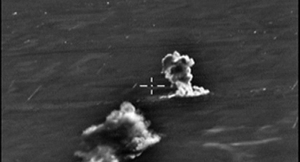 توجيه الضربات الجوية لمواقع التنظيمات الإرهابية في سوريا