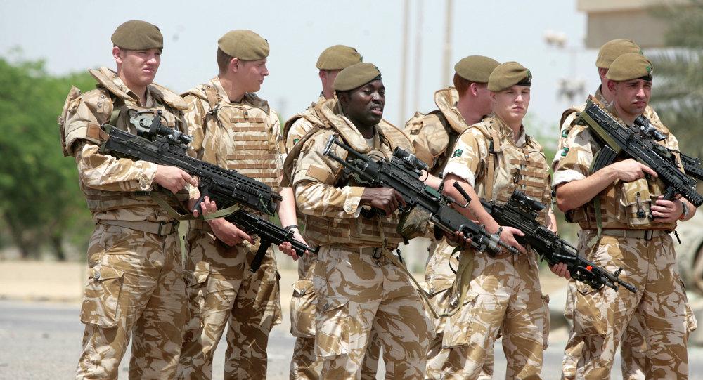 جنود بريطانيين