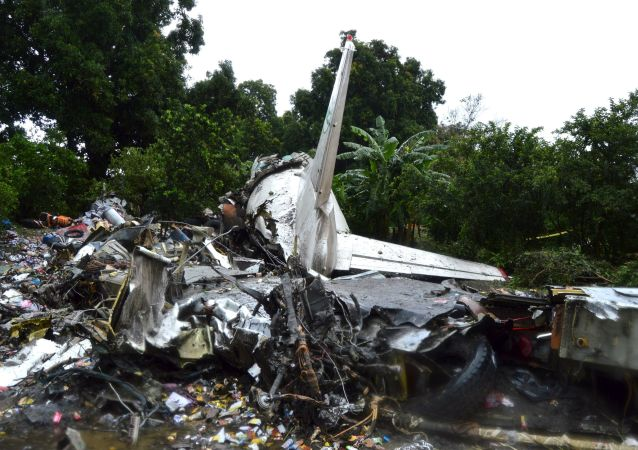 حطام طائرة ان-12 في جنوب السودان