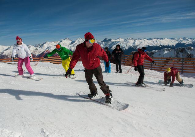 إفتتاح موسم التزلج على الثلج في في سوتشي