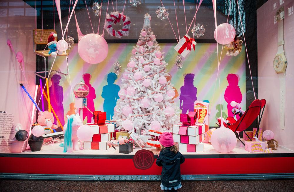 عواصم الدول الأوروبية تستعد للاحتفال بعيد الميلاد
