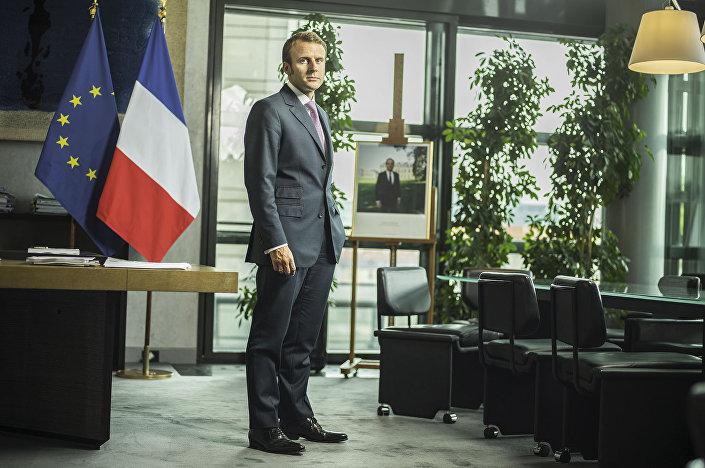 وزير الاقتصاد الفرنسي إيمانويل ماكرون