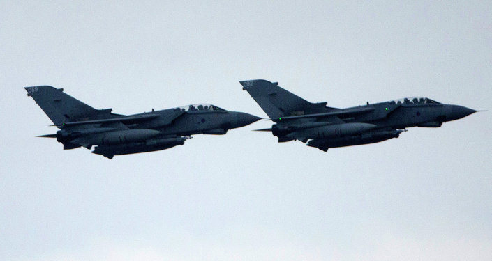 مقاتلاتان بريطانيتان من طراز  تورنادو