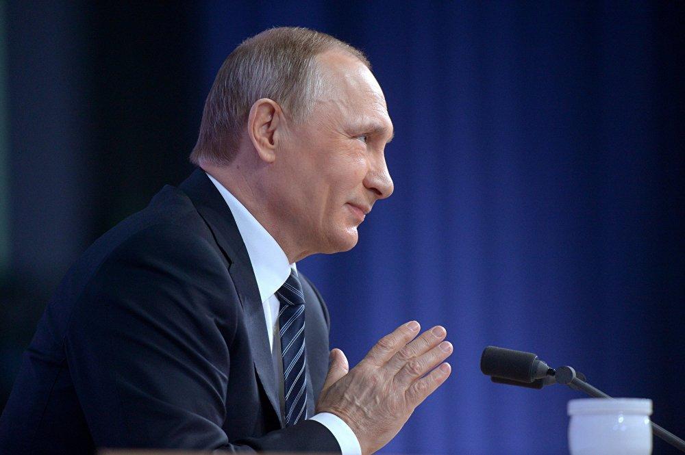 الرئيس فلاديمير بوتين أثناء المؤتمر الصحفي السنوي في موسكو