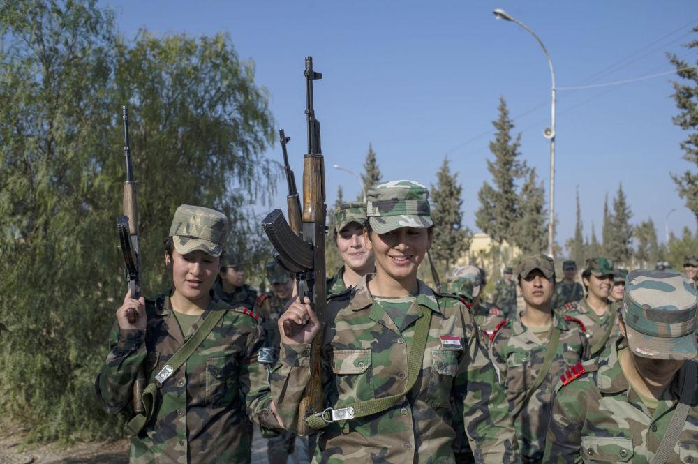 مجندات الأكاديمية العسكرية فى سوريا