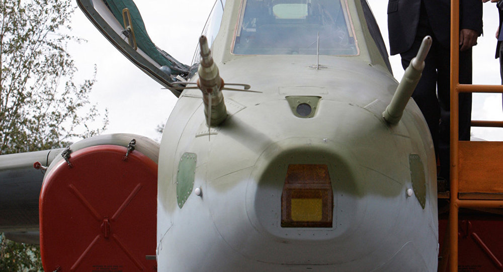 الرئيس دميتري ميدفيديف يتفقد مروحية مي-171