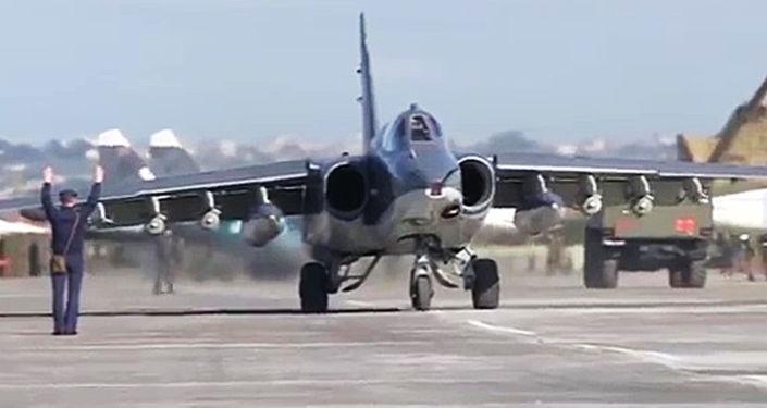 أول مرة تم تنفذ عملية جوية مشتركة بين القوات الجوية الروسية والسورية من قاعدة حميميم السورية.