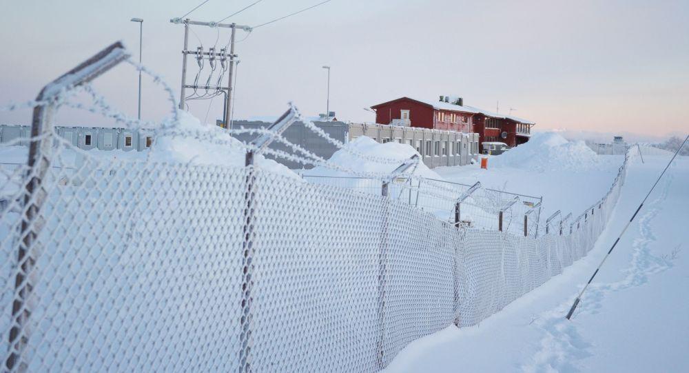 مخيم اللاجئين على الحدود الروسية الشمالية
