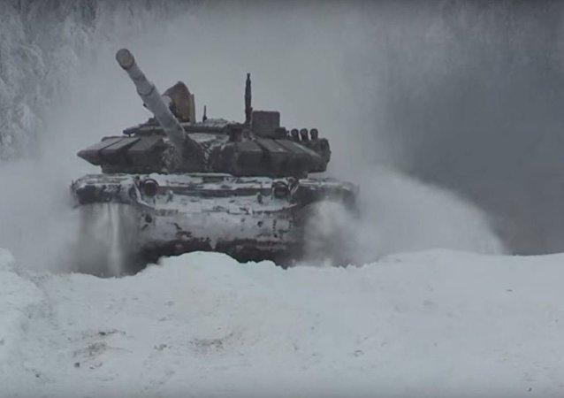 الدبابات الروسية تستعد للمسابقة