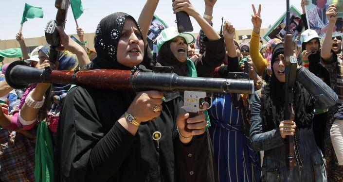 حشد من أنصار معمر القذافي
