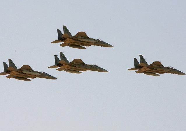 مقاتلات إف-15