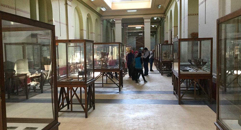المتحف المصري بالقاهرة من الداخل