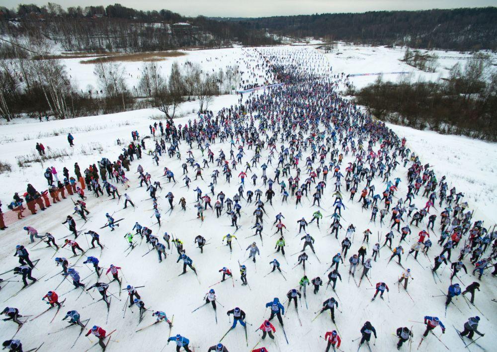 التزلج الجماعي الروسي على الثلج
