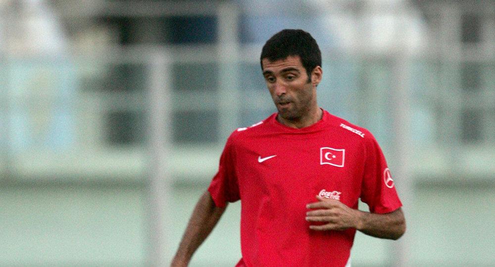 لاعب كرة القدم التركي هاكان شوكور