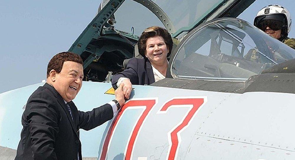 فالينتينا تيرشكوفا أول رائدة فضاء