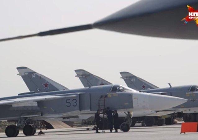 المقاتلات الروسية تحلق فى سماء سوريا على الأنغام الروسية