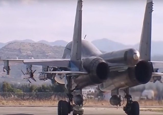 مقاتلة سو - 34 فى سوريا