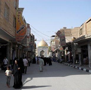 صورة أرشيفية لشارع الرسول بالنجف العراقية
