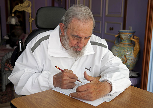 فيدل كاسترو