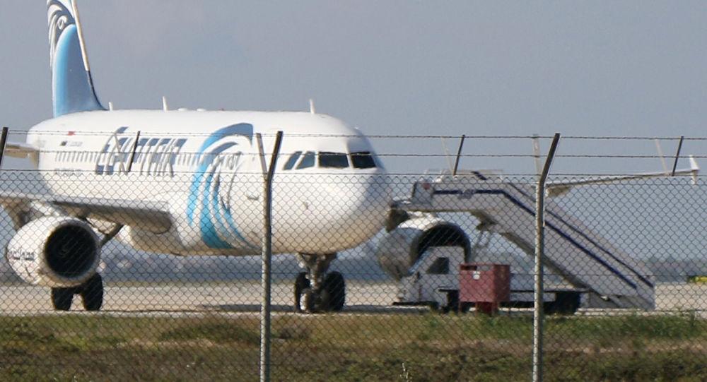 طائرة آيرباص- A-320 المخطوفة في قبرص