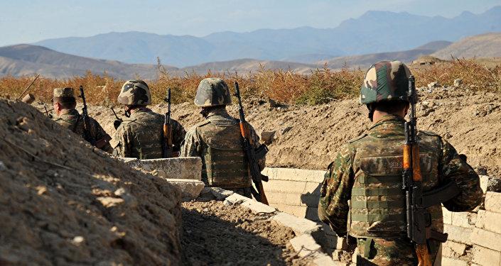 جنود أرمن
