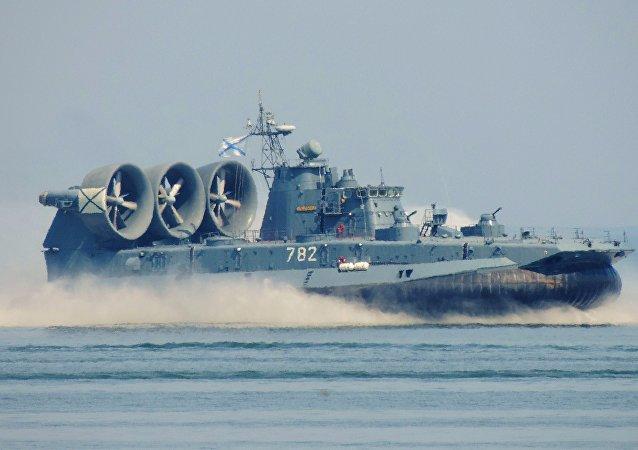 موردوفيا العملاقة سفينة برمائية روسية لا يستهان بها
